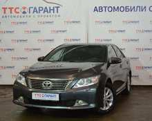 Toyota Camry: 2013 2.5 AT седан Уфа 2.5л 900000 Р